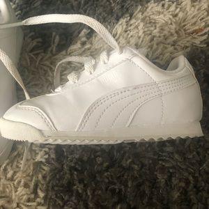 Toddler Boy's White Puma Sneakers